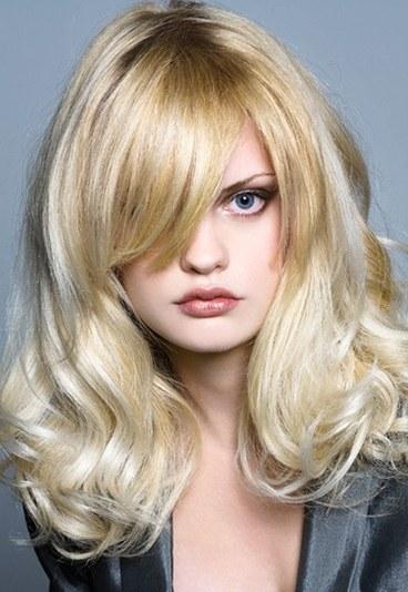 couleur de cheveux blond platine - Coloration Platine
