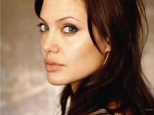 maquillage d'Angelina Jolie
