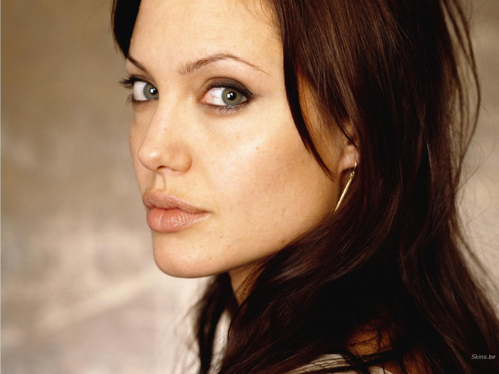 Angelina Net Worth