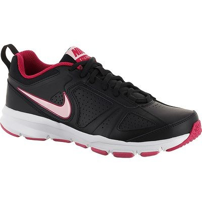 chaussures marche sportive Nike